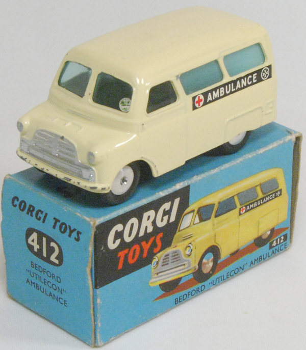 Corgi 1957 CORGI #412 BEDFORD UTILECON AMBULANCE near-MINT W/ EXC+ BOX