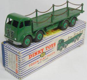 Dinky 1954 DINKY #905 FODEN FLAT TRUCK W/ CHAINS, GREEN near-MINT W/ VG+ BOX