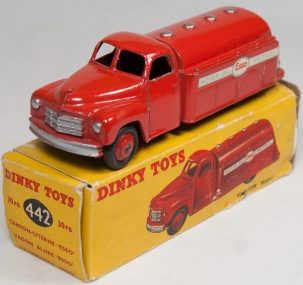 Dinky 1954 DINKY #442 ESSO TANKER EXC W/ POOR BOX (REPAIR TO END & MISSING ONE FLAP)