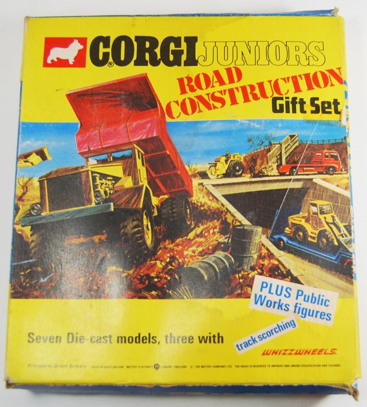 """Corgi 1972 CORGI #3034 """"CORGI JUNIORS"""" ROAD CONSTRUCTION GIFT SET, NR MINT W/ VG BOX"""
