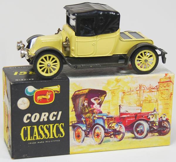 """Corgi 1965 CORGI #9032 """"CLASSICS"""" 1910 RENAULT PRIMROSE, MINT W/ near-MINT BOX"""