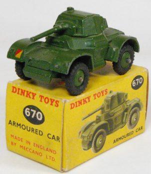 Dinky 1955 DINKY #670 ARMOURED CAR EXC w/ VG+ BOX