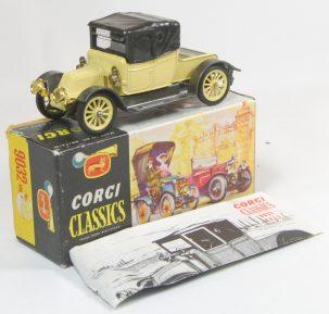 "Corgi 1965 CORGI #9032 ""CLASSICS"" 1910 RENAULT PRIMROSE, MINT W/ VG+ BOX & BROCHURE"