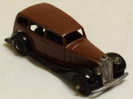 Dinky 1946 DINKY #30d VAUXHALL SEDAN BROWN/BLACK EXCELLENT CAT $210