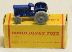 Dinky 1959 DINKY #069 DUBLO MASSEY HARRIS-FERGUSON TRACTOR near-MINT W/ VG BOX