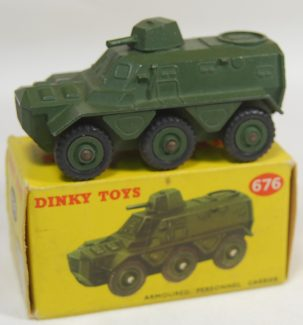 Dinky DINKY #676 ARMOURED PERSONNEL CARRIER near-MINT w/ VG+ BOX