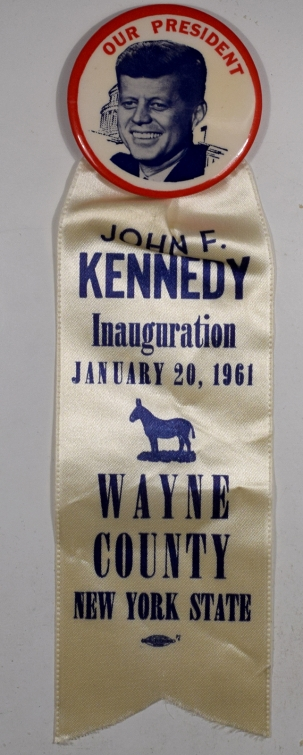 Political 1961 2-1/4″ JFK INAUGURAL BUTTON SCARCE WAYNE COUNTY NY – MINT!