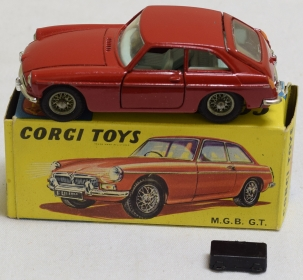 Corgi CORGI #327 MGB GT HATCHBACK, RED W/ BLUE INTERIOR, NR-MINT MODEL & CORRECT BOX!