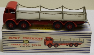 Dinky DINKY #905 FODEN FLAT TRUCK WITH CHAINS, RED W/ FAWN BED, EXC MODEL W/ EXC BOX!