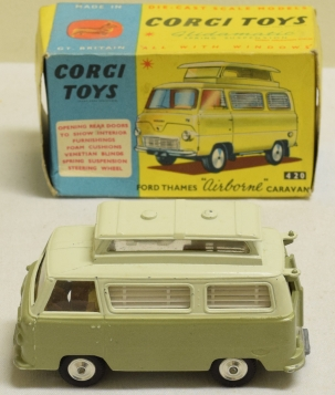 "Corgi CORGI 420 FORD THAMES ""AIRBORNE"" CARAVAN, NEAR MINT MODEL W/ VG BOX"
