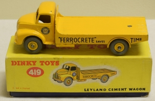 Dinky DINKY 419 LEYLAND CEMENT WAGON, EXCELLENT MODEL W/ EXCELLENT PICTURE BOX!