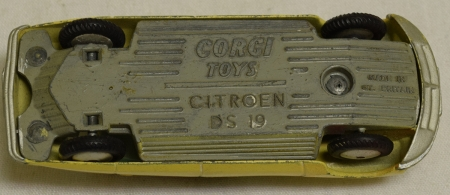 Corgi CORGI 210 CITROEN D.S. 19, VG MODEL W/ G BOX!