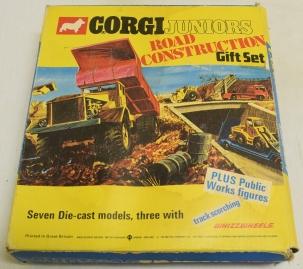 Corgi CORGI JUNIORS #3034 ROAD CONSTRUCTION GIFT SET, NEAR MINT MODELS W/ VG BOX!