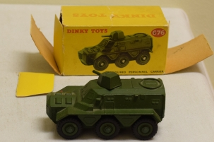 Dinky DINKY 676 ARMOURED PERSONNEL CARRIER, NEAR-MINT MODEL W/ FAIR/POOR BOX!