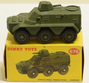 Dinky DINKY 676 ARMOURED PERSONNEL CARRIER, NEAR-MINT MODEL W/ VG+ BOX!
