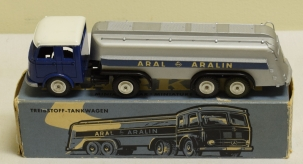 Other MARKLIN #8032 ARAL ARTICULATED TANKER NEAR MINT MODEL/ VG BOX!